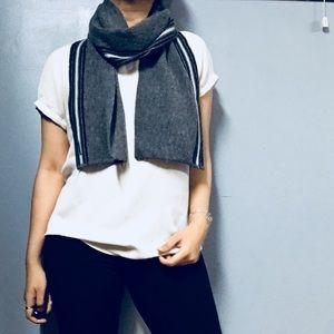 SMARTWOOL • Gray Striped Knit Rectangular Scarf